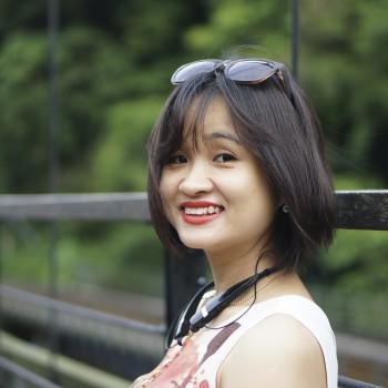 Chị Phùng Thu Trang